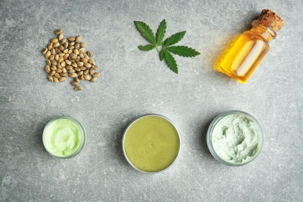 l'huile de cannabis est fabriquée à partir de plantes de chanvre et de marijuana, toutes deux considérées comme des plantes de cannabis   Acheter huile de cannabis